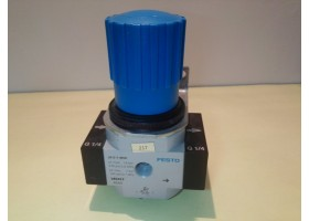 Pressure Regulator, LR-1/4-D-7-MIDI, 186453, Festo (14 Days Warrenty on Entire Stock)