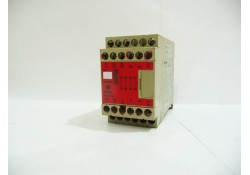 Safety Relay Unit, G9SA-301, Omron, Japan