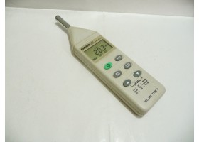 Sound Level Meter, IEC 651 TYPE II, 9v Battery, Center 320  (14 Days Warrenty on Entire Stock)