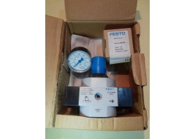 Pressure Regulator  LR-1-D-Maxi, 159627, Festo Germany  (14 Days Warrenty on Entire Stock)
