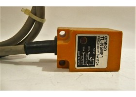 Inductive Proximity Switch, TL-N5ME1, Omron, Japan (14 Days Warrenty on Entire Stock)
