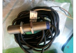 Inductive Proximity Switch, XS1M18DA9AV, Telemecanique (14 Days Warrenty on Entire Stock)